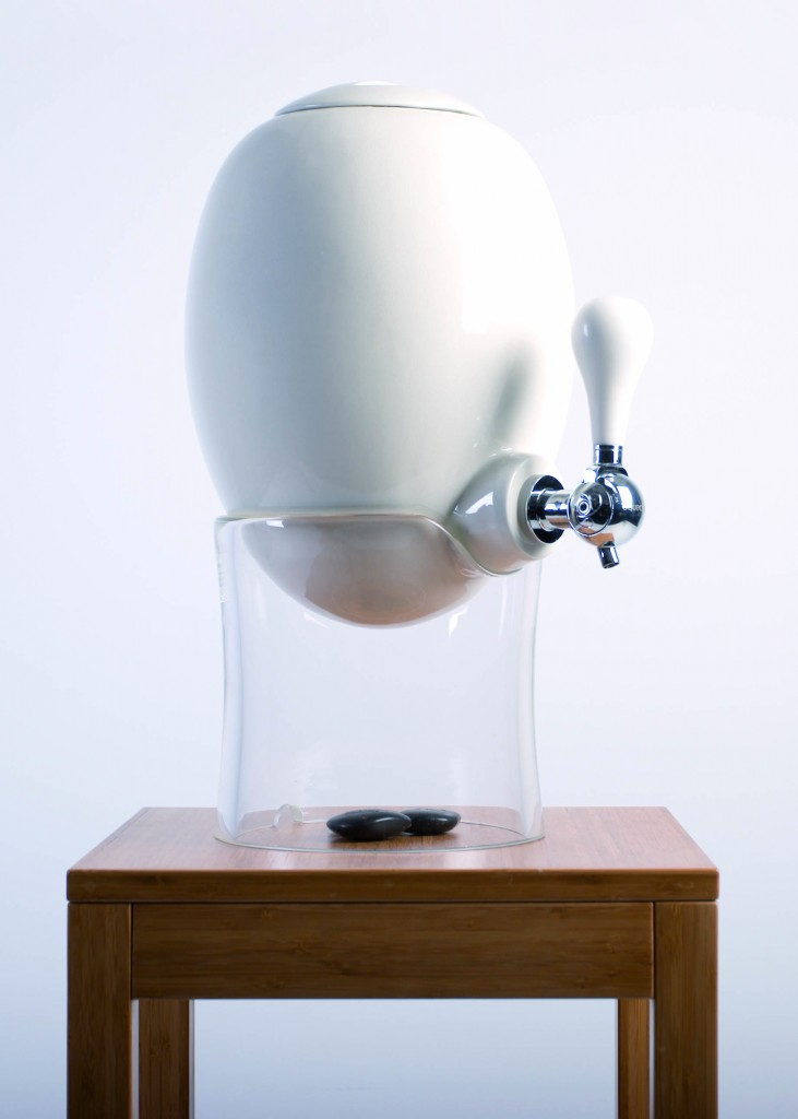 ovobar le distributeur de boissons co design de aquaovo my eco design. Black Bedroom Furniture Sets. Home Design Ideas