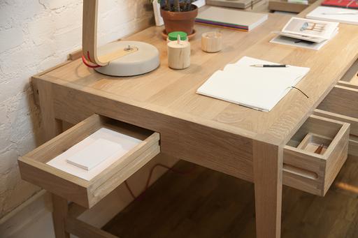 Un bureau design et fonctionnel de la marque portugaise wewood